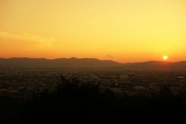 Coucher de soleil sur Kyoto / Sunset at Kyoto