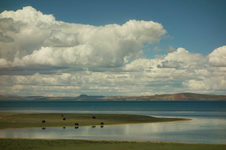 Paysage à l'approche du Tibet / Landscape as Tibet approches
