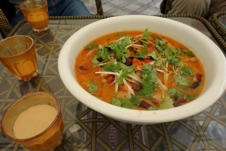 Soupe tibétaine avec de la viande de yak / Hotpot with yak meat