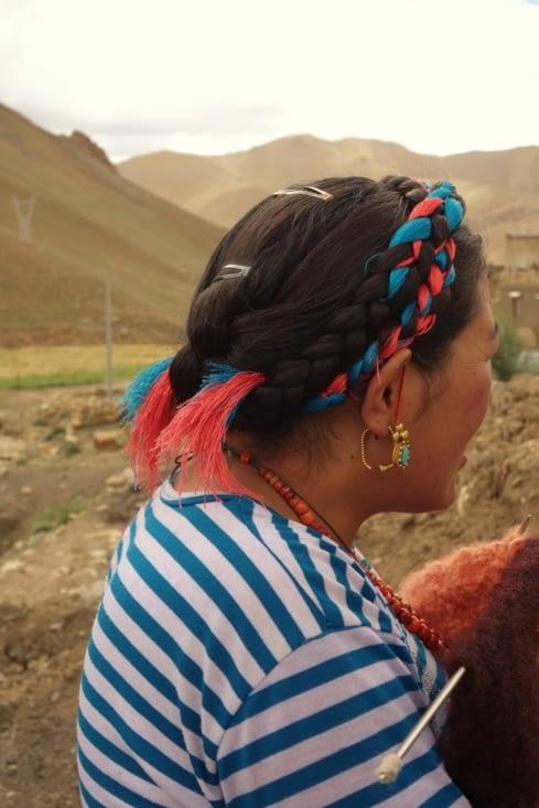 Coiffure tibétaine / Tibetan hairdress