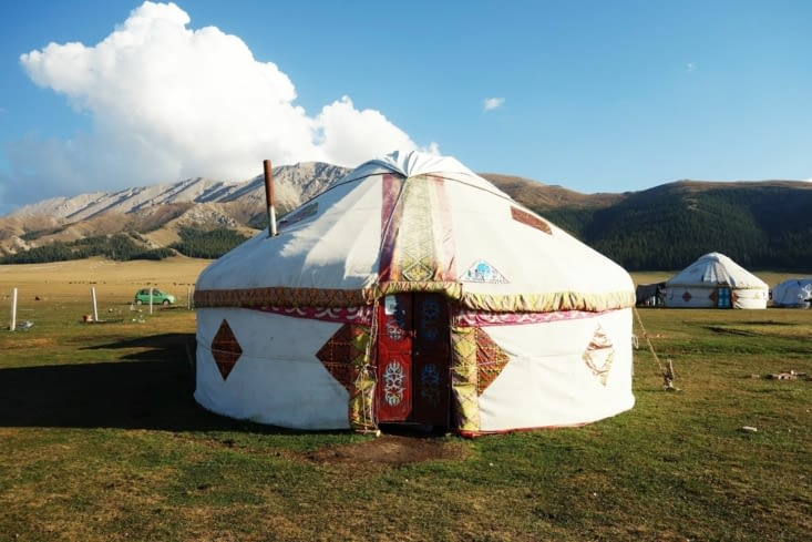 Notre yourte / Our yurt