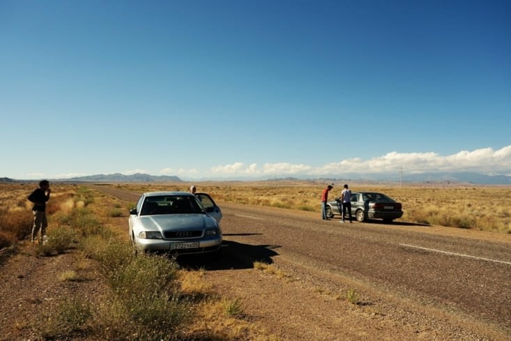 En panne d'essence (au milieu de nulle part) / Running out of petrol (in the middle of nowhere)