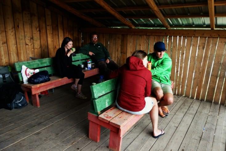 A l'abri / In a shelter