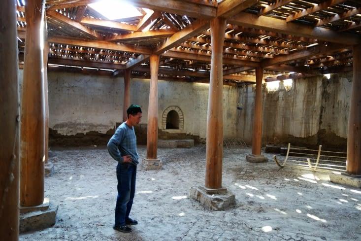 Un ancien caravanserail / An old caravanserai
