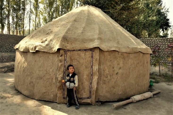 Yourte en feutre / Felt yurt