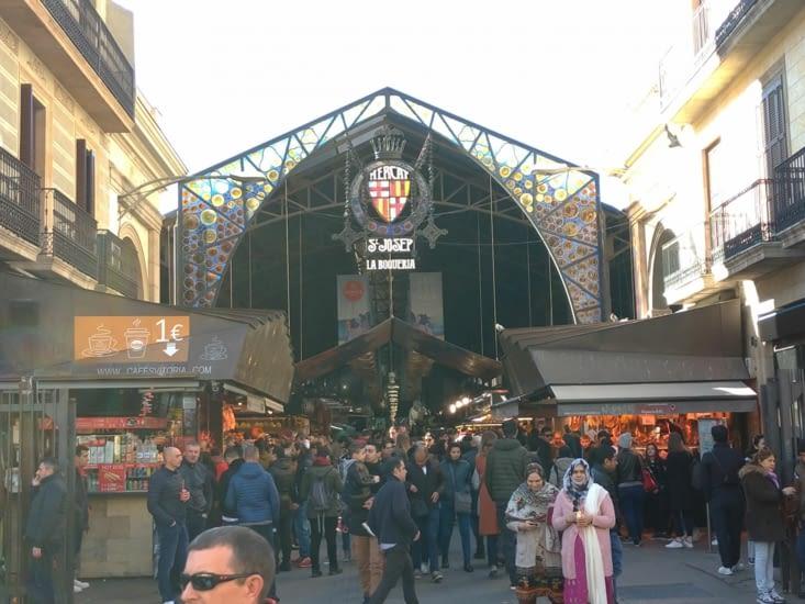 Visite du marché de la Bocqueria, incontournable !