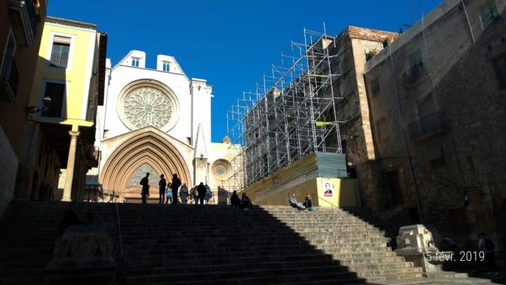 On marche ensuite vers la Cathédrale