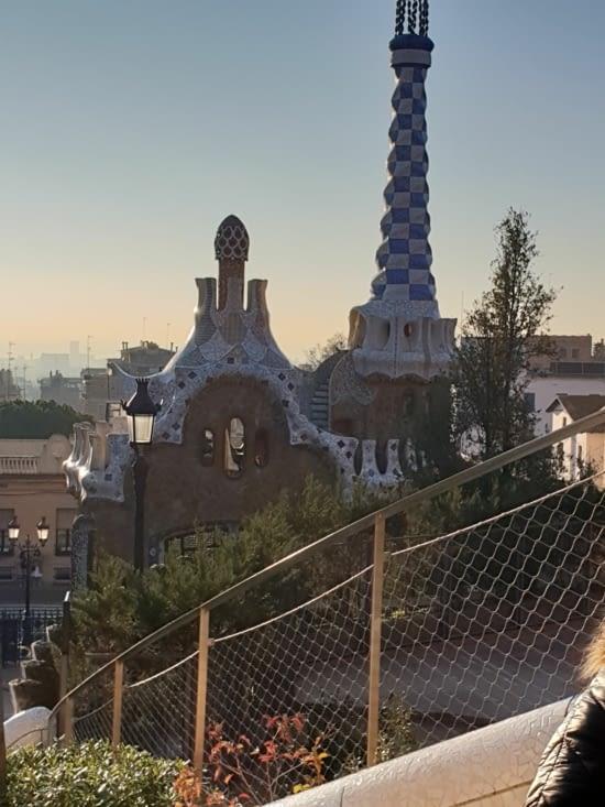 L'originalité de l'architecture de Gaudi laisse sans voix.
