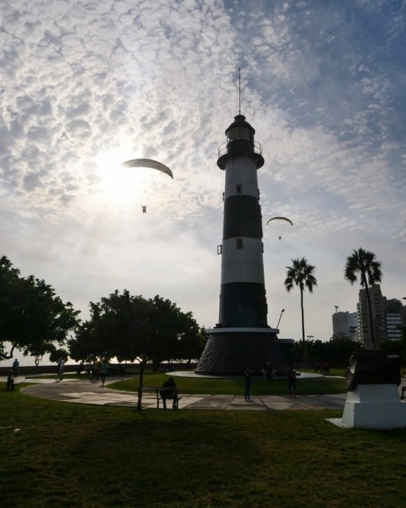 Le phare de Lima