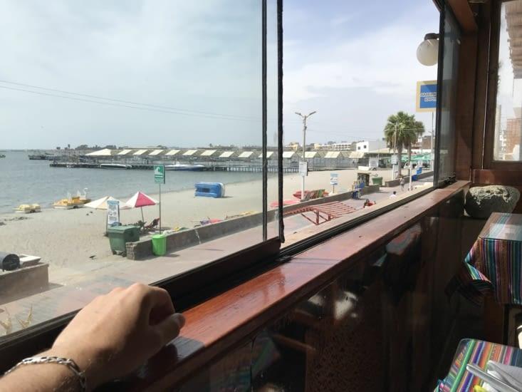 Front beach à Paracas