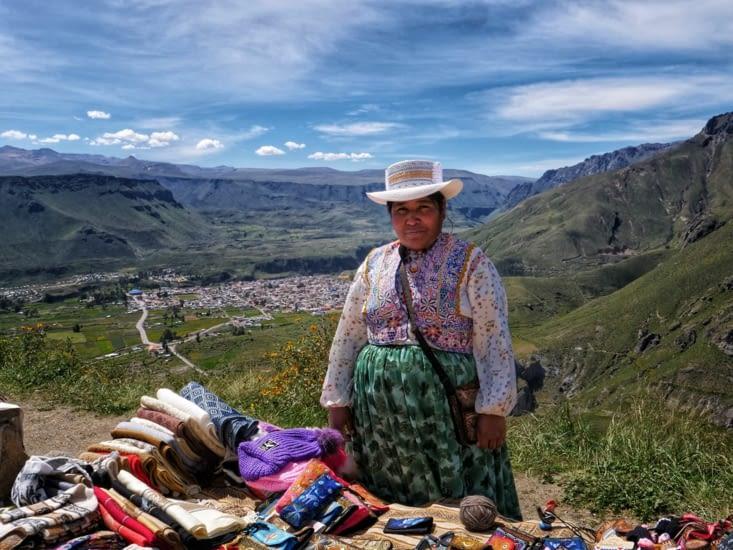 Habit traditionnel péruvien