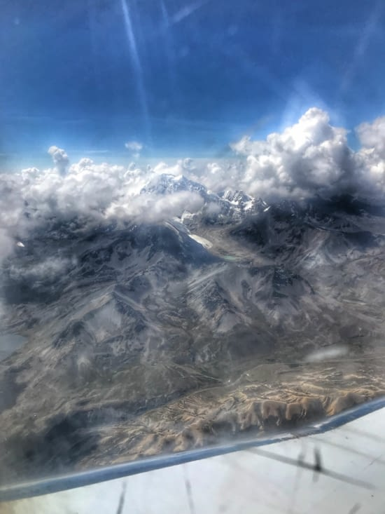 Sommets enneigés dominant La Paz