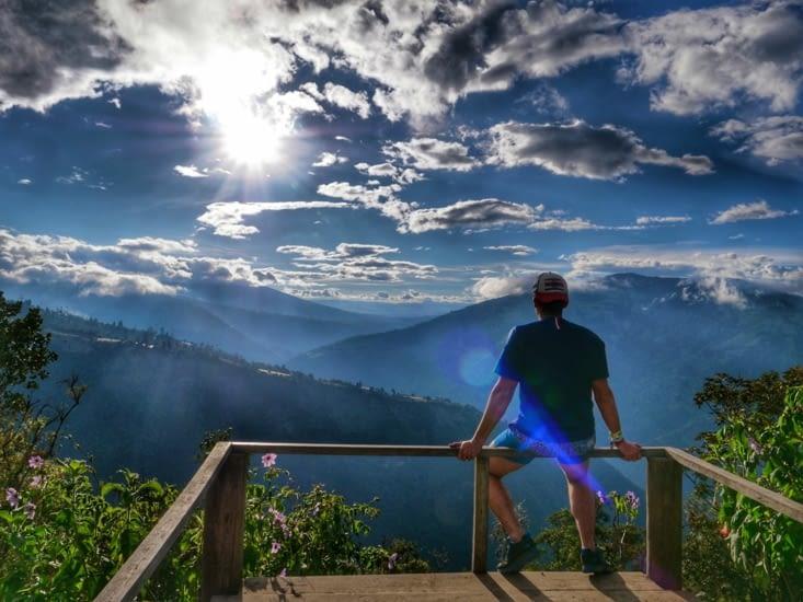 Vue depuis le sommet de la montagne
