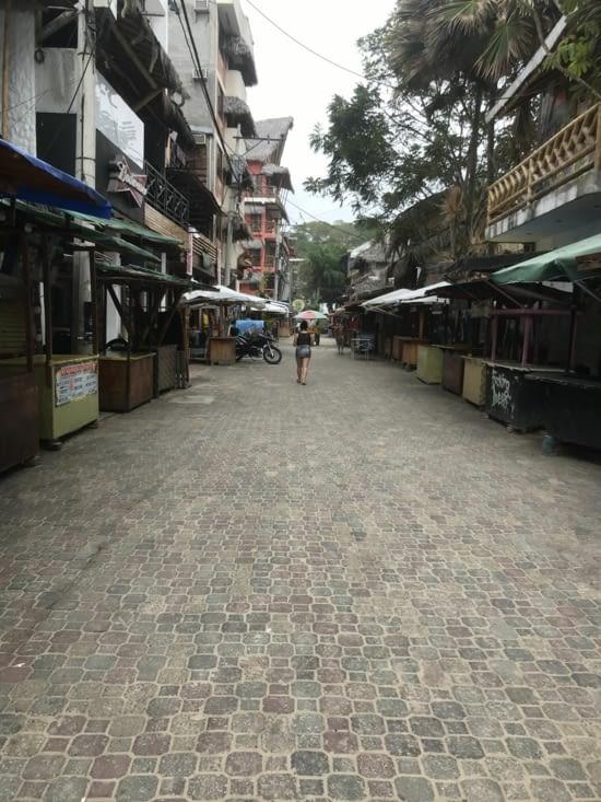 Les rues vides la journées