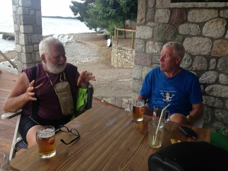 On refait le monde autour d'une bière