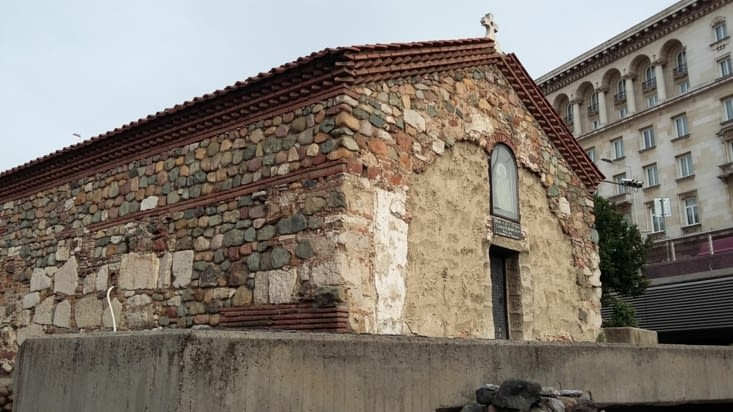 Discrète église de l'époque ottomane, construite avec la complicité d'agents corrompus