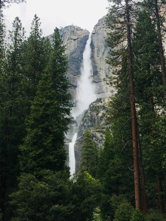 Yosemite Fall - les plus hautes chutes du Nord de l'Amérique
