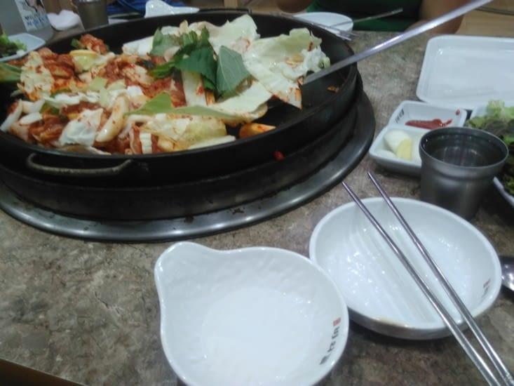 Repas du samedi soir, Dak'gabi (le fameux poulet réputé de la ville)