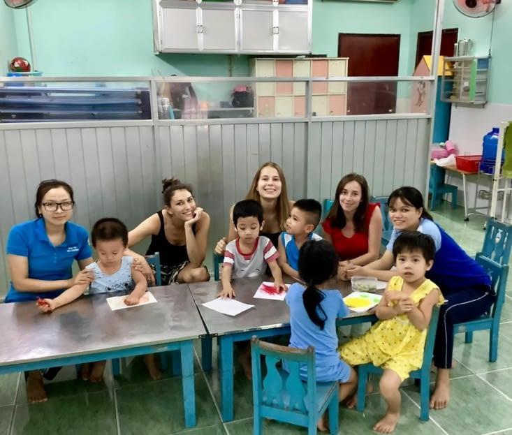 Avec la classe des petits