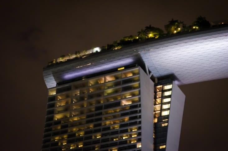 Petit zoom sur le toit de l'hotel