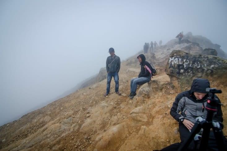 Sur la crète au sommet