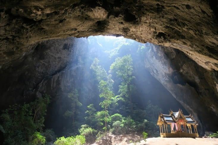 La grotte de Phraya Nakhon cave
