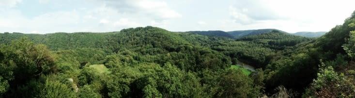 Point de vue sur la vallée