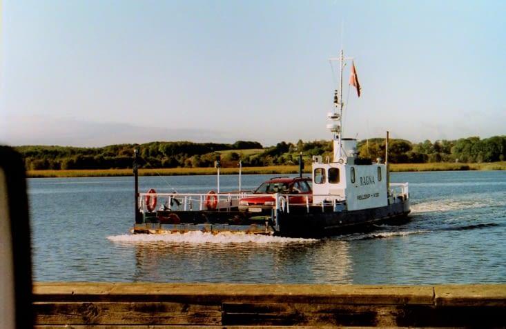 On passe du plus vieux au plus petit ferry du Danemark
