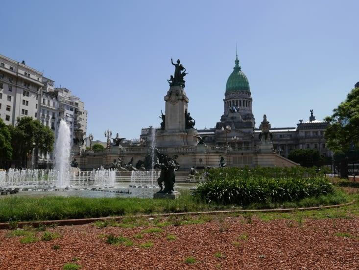 Place du palais des congrès