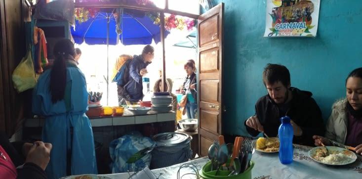 Almuerzo au marché central