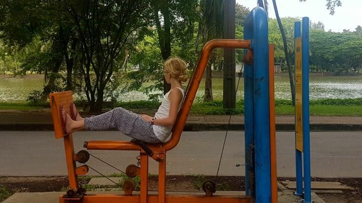 Sport au parc Lumphini