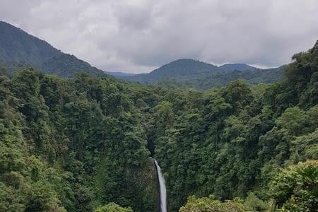 Volcan Arenal, repos et promenades